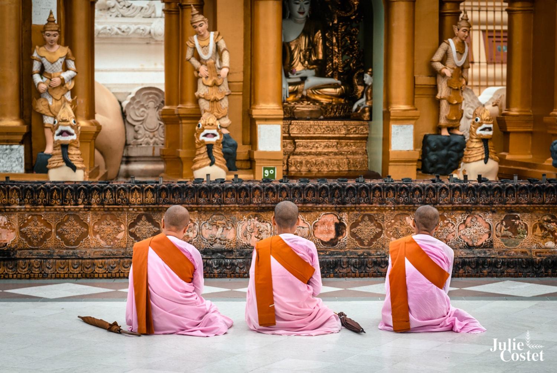 Nones à la Pagode Shwedagon