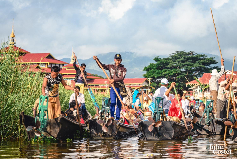 Bateaux sur le lac Inlé en Birmanie