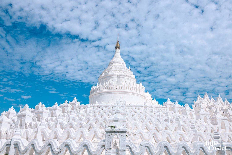 Temple blanc à Mandalay