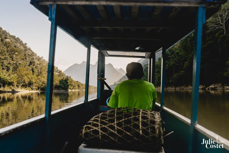 En bateau sur la Nam Ou